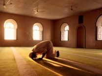 Sumber: voa-islam
